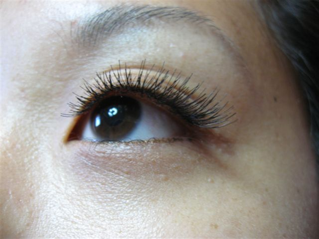 how to clean eyelash extensions without lash shampoo